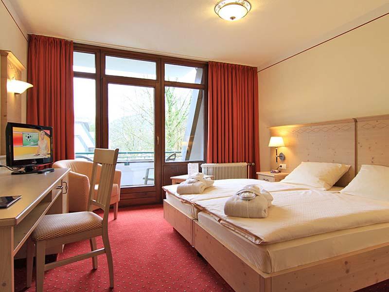 bilder amber hotel bavaria bad reichenhall. Black Bedroom Furniture Sets. Home Design Ideas
