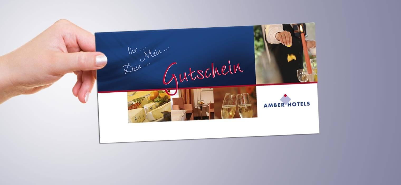 AMBER HOTELS Bild vom Gutschein, blauer Hintergrund