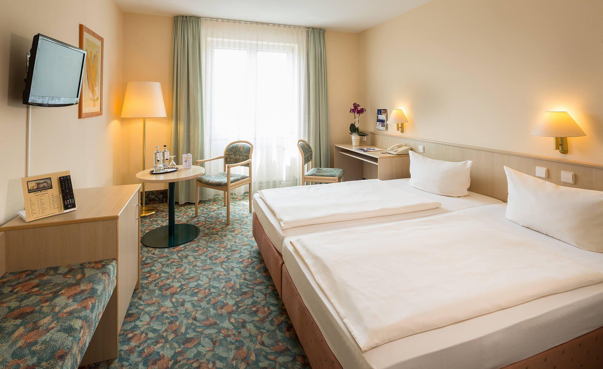 AMBER HOTEL Chemnitz Park: Bestprice Zimmer