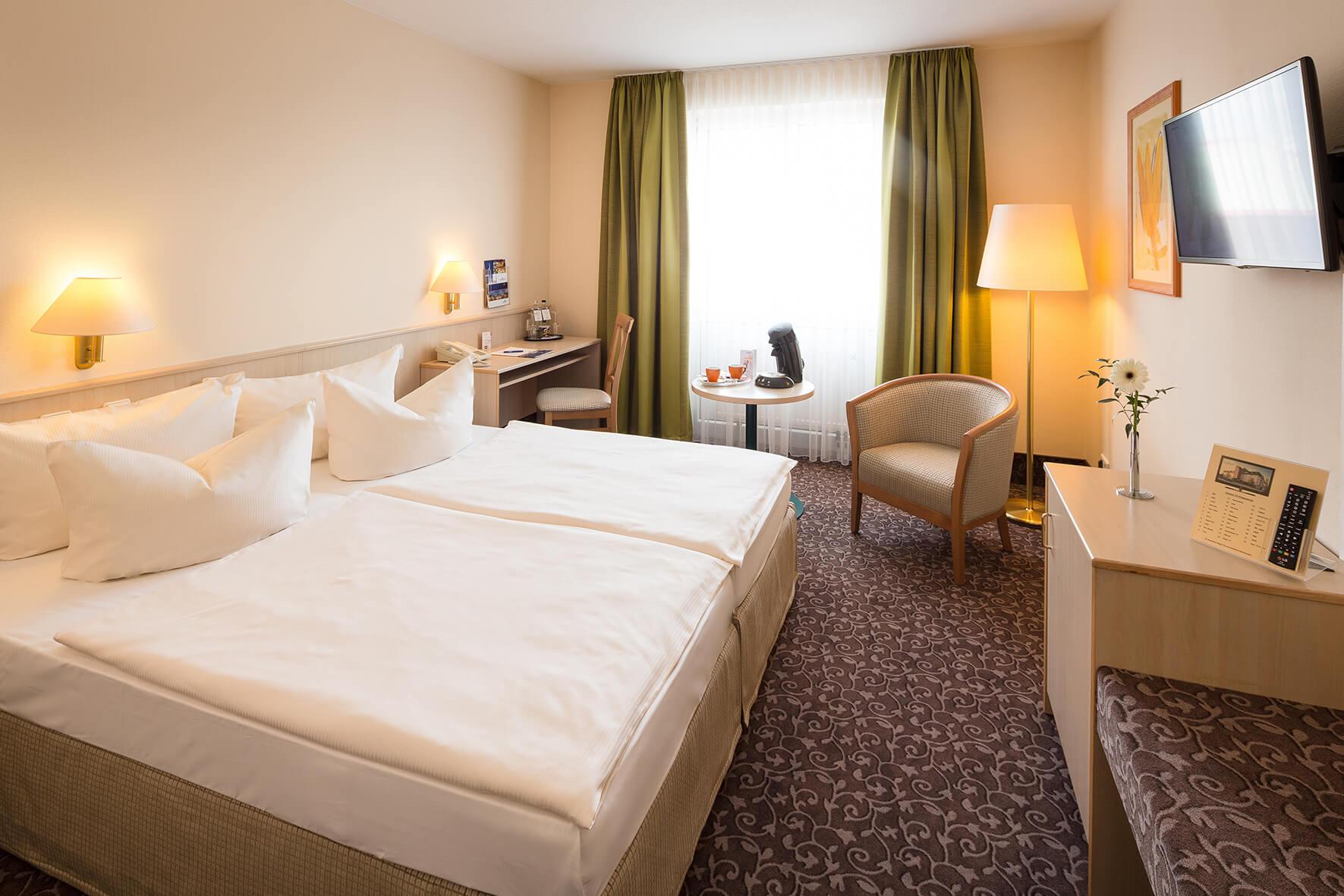 AMBER HOTEL Chemnitz Park: Business Zimmer