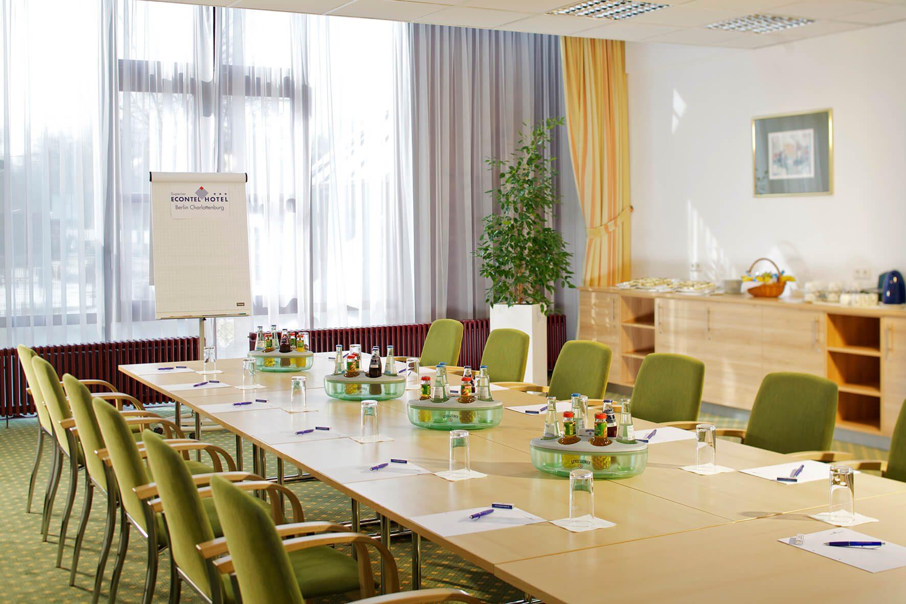 AMBER ECONTEL Berlin-Charlottenburg: Tagungsraum conference room