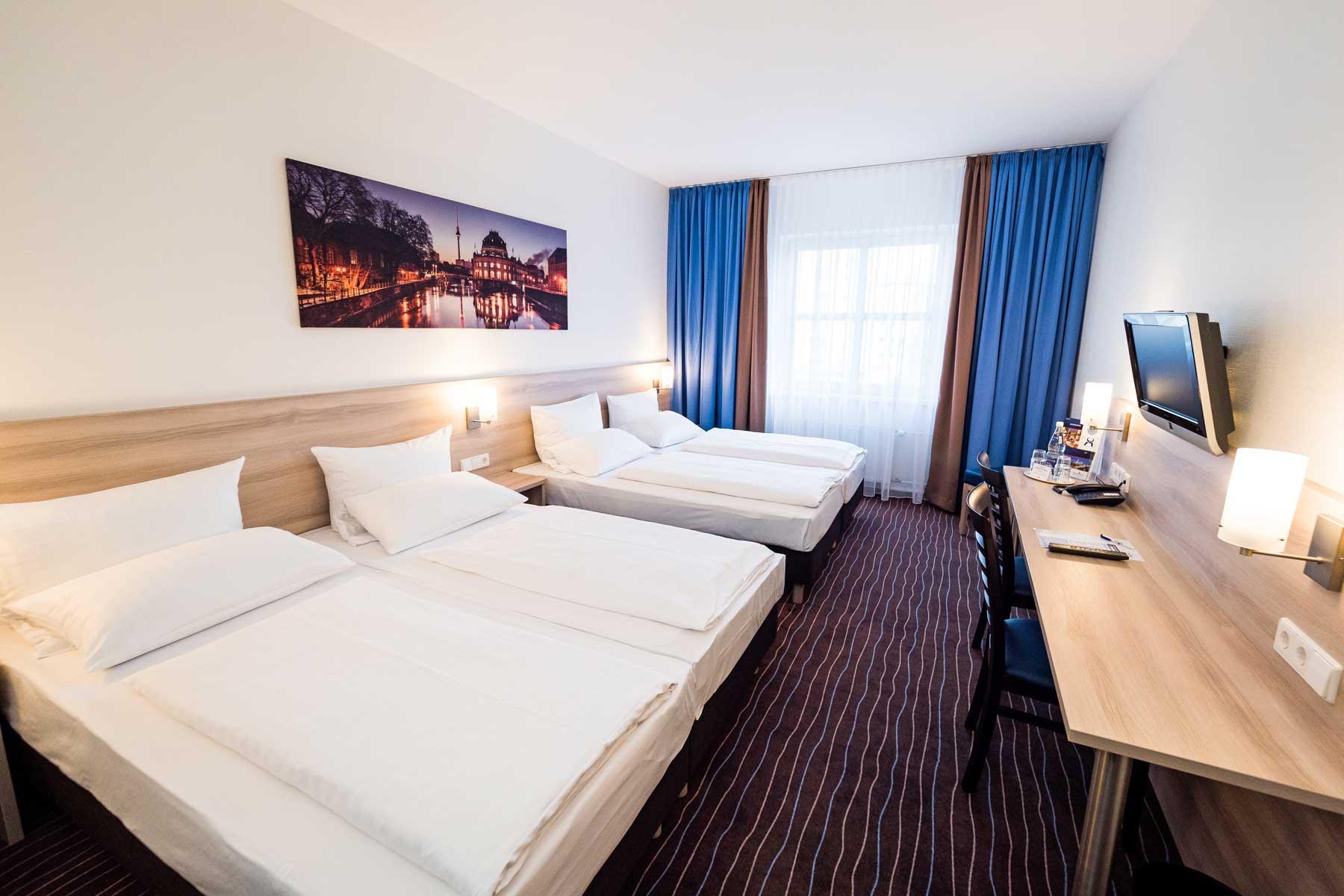 Bild vom Comfort Zimmer im AMBER ECONTEL Berlin-Charlottenburg