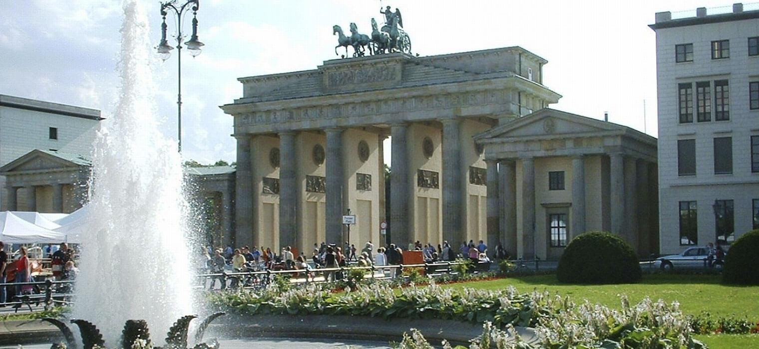 Brandenburger Tor, 5 km vom ECONTEL HOTEL Berlin, Foto: Felix Horstmann/Fotolia.com