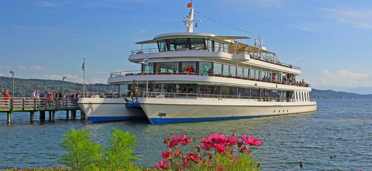Personenschifffahrt am Starnberger See, 30 km vom ECONTEL HOTEL München, Foto: Susanne Bauernfeind/123rf.com