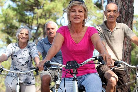 Senioren Fahrradfahrer, Foto: © auremar/123rf.com