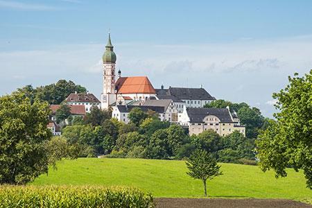 Kloster Andechs, 31 km vom AMBER ECONTEL München, Foto: © Wolfgang Zwanzger/123rf.com